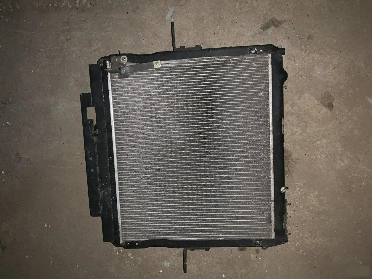 Радиатор основной Mitsubishi Fuso FK71R 6M60 (б/у)
