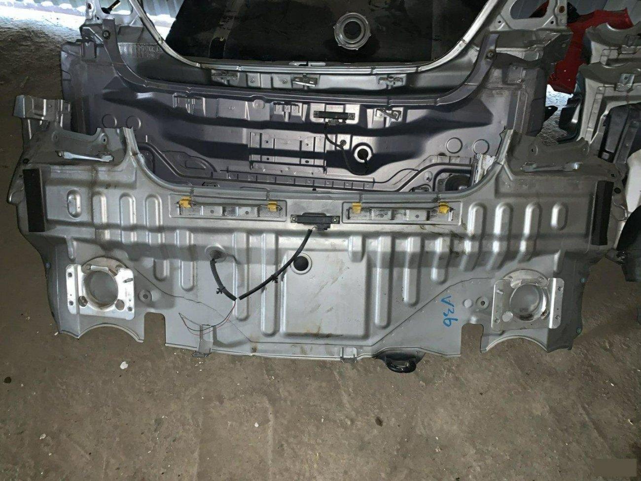 Тазик железный Nissan Skyline V36 VQ25HR (б/у)