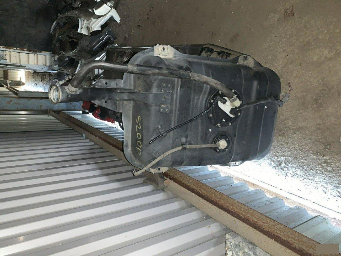 Бензобак Daihatsu Hijet S200P EFSE (б/у)