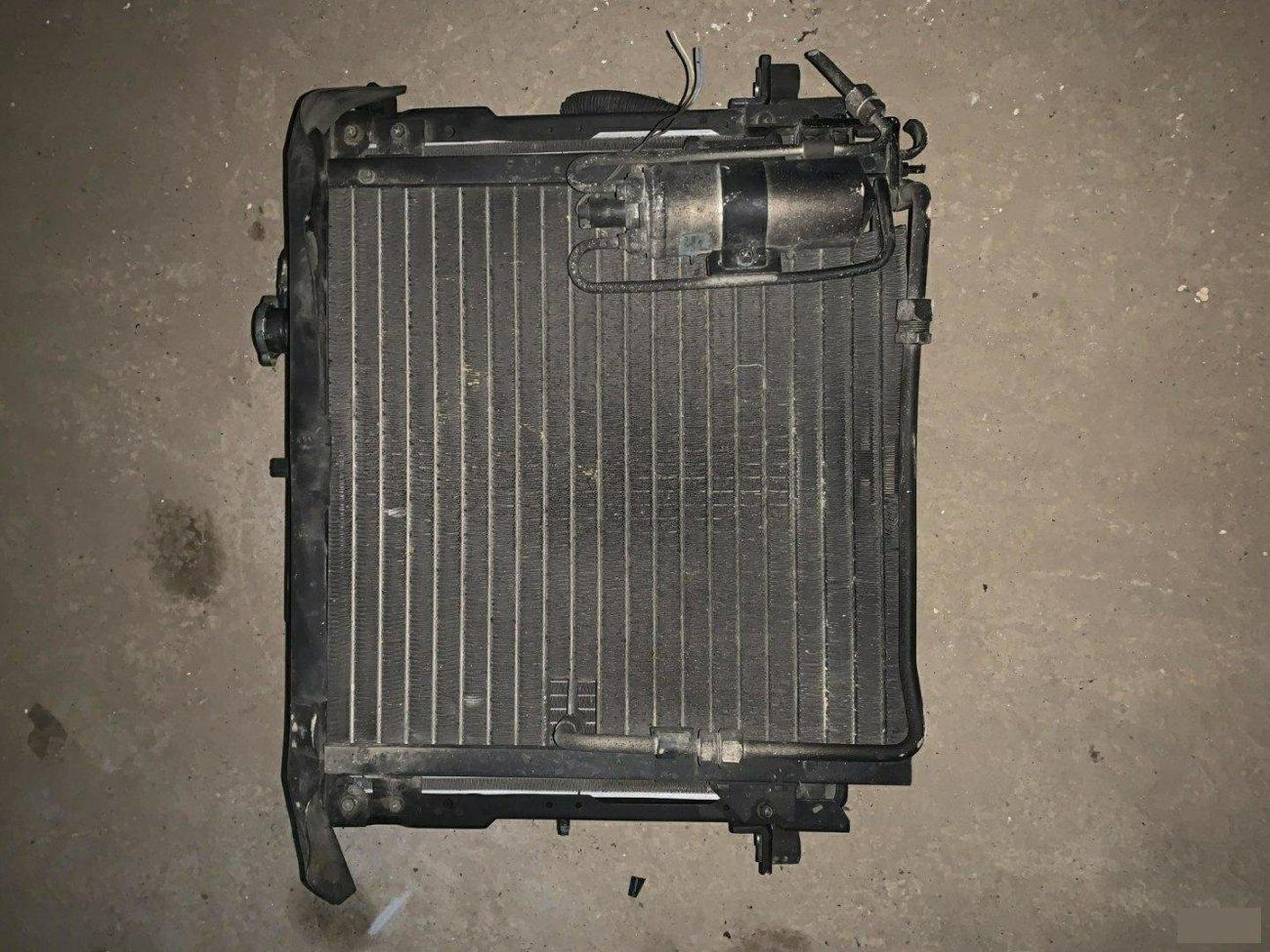 Радиатор кондиционера Nissan Atlas F23 NA20 передний (б/у)