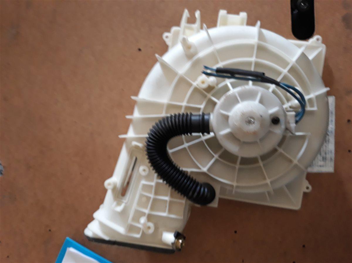 Мотор печки Nissan Bluebird Sylphy QG10 QG18 (б/у)
