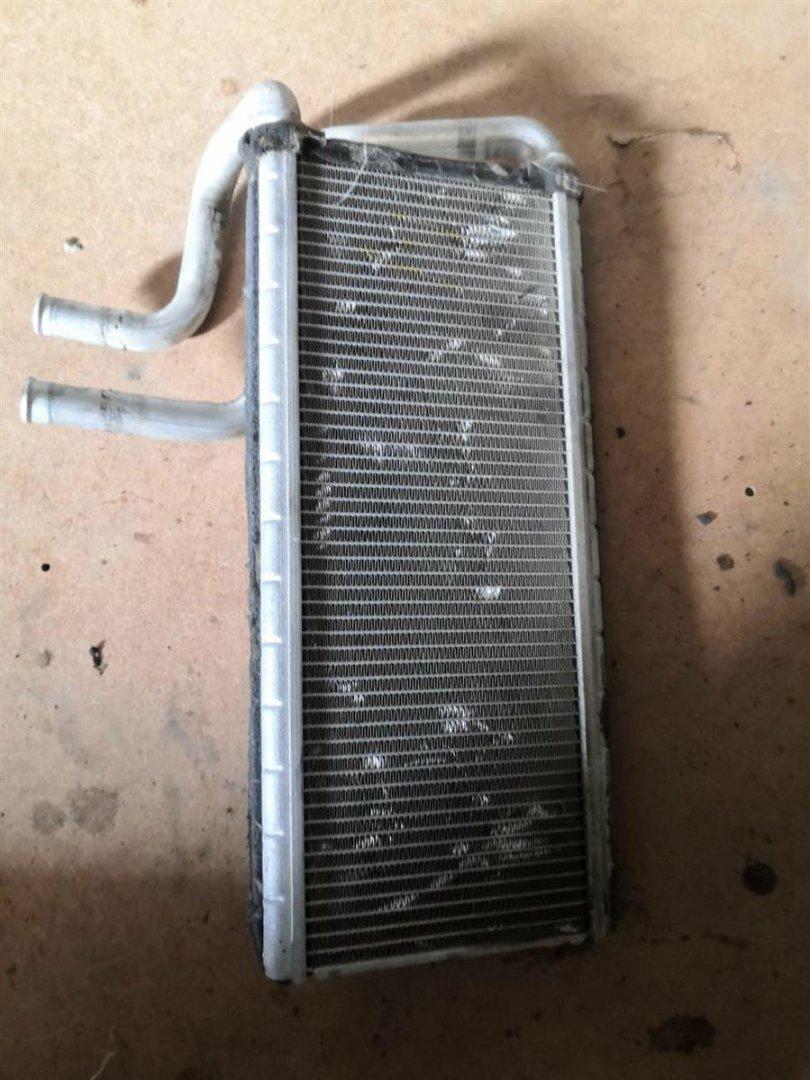 Радиатор печки Isuzu Elf NKR85 4JJ1T (б/у)