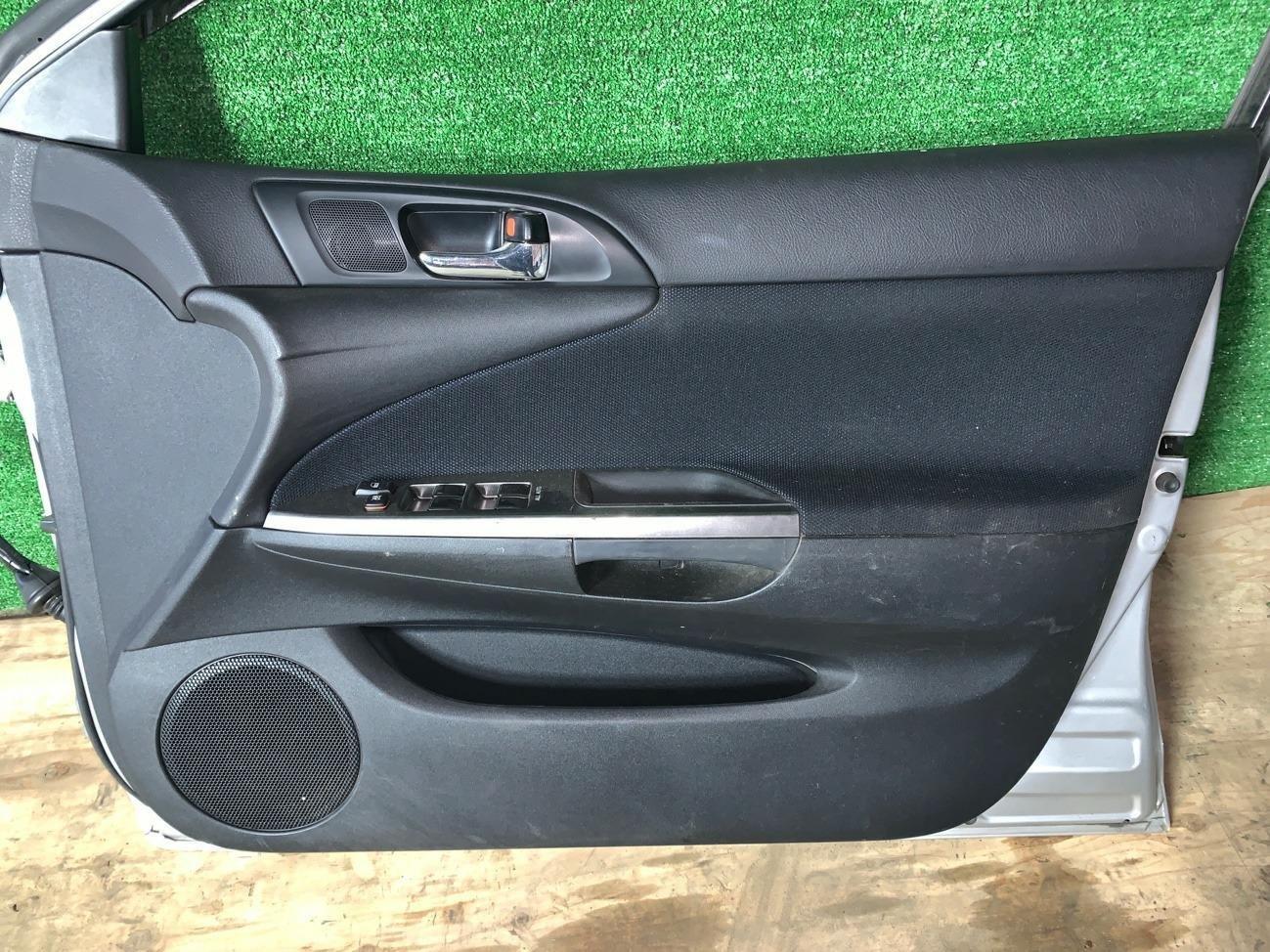 Дверь Toyota Caldina AZT240 передняя правая (б/у)