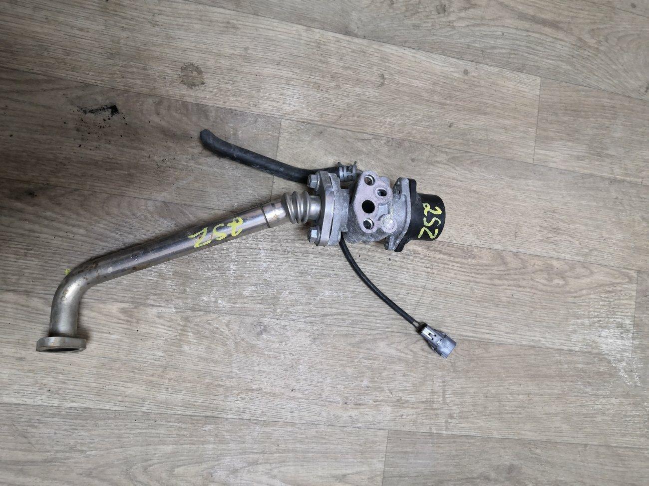 Клапан egr Toyota Belta SCP100 2SZFE (б/у)