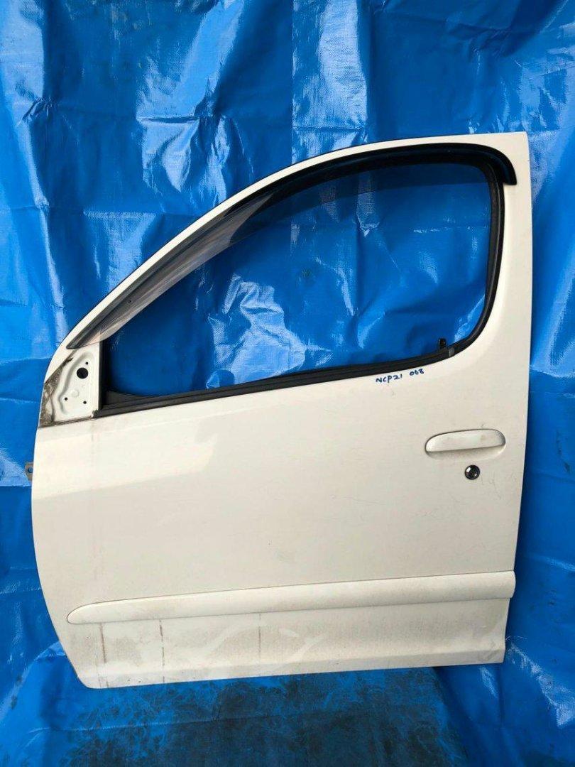 Дверь Toyota Funcargo NCP20 1NZFE передняя левая (б/у)