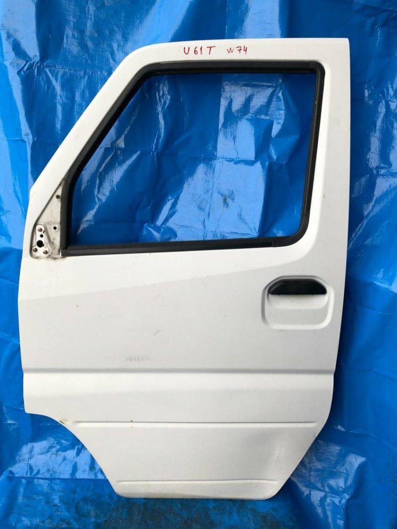 Дверь Mitsubishi Minicab U61T U61T передняя левая (б/у)