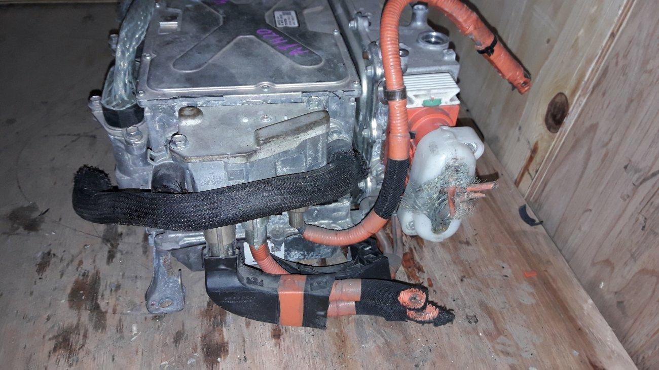 Инвертор Toyota Alphard ATH20 2AZFXE (б/у)