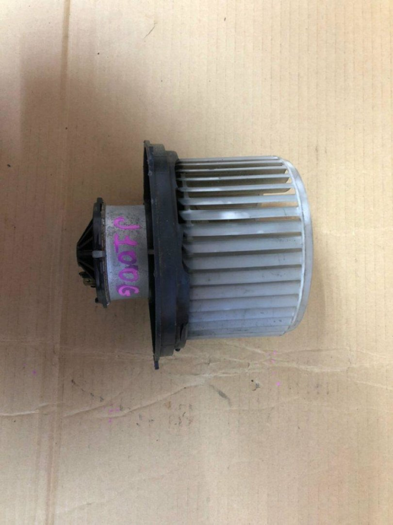 Мотор печки Toyota Cami HE21S (б/у)