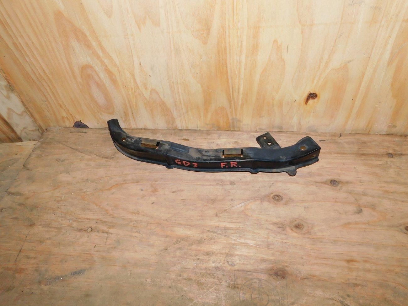 Планка под фары Honda Fit GD1GD2GD3 L13A передняя левая (б/у)