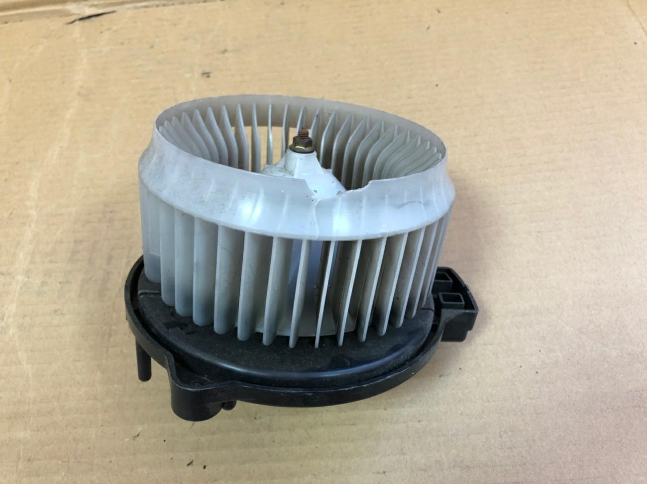 Мотор печки Honda Life JB5 P07A (б/у)