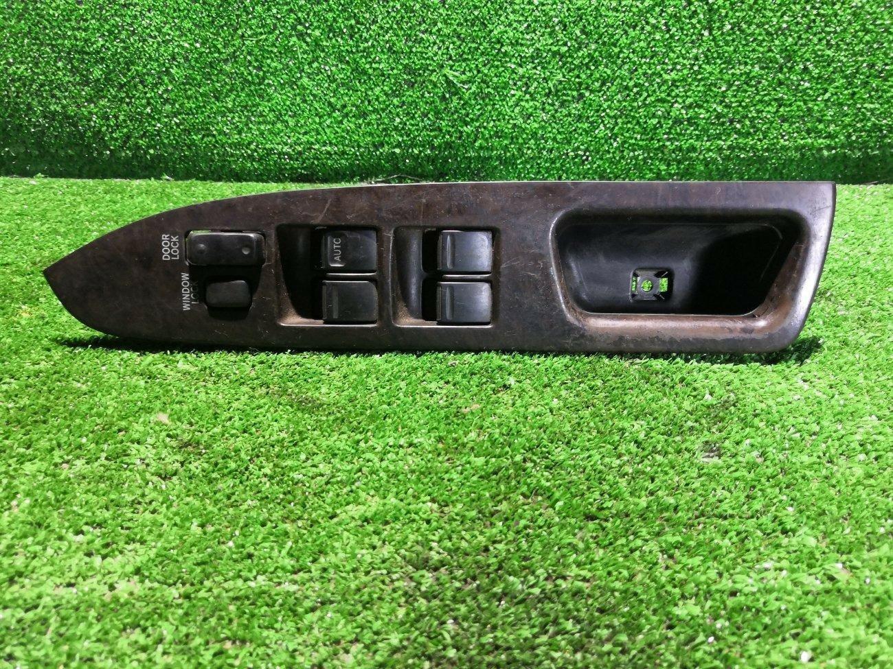 Блок управления стеклоподъемниками Toyota Mark Ii GX90 передний левый (б/у)