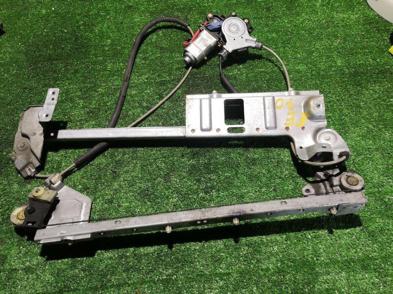 Стеклоподъемник Mitsubishi Canter FE70 4M50 передний левый (б/у)
