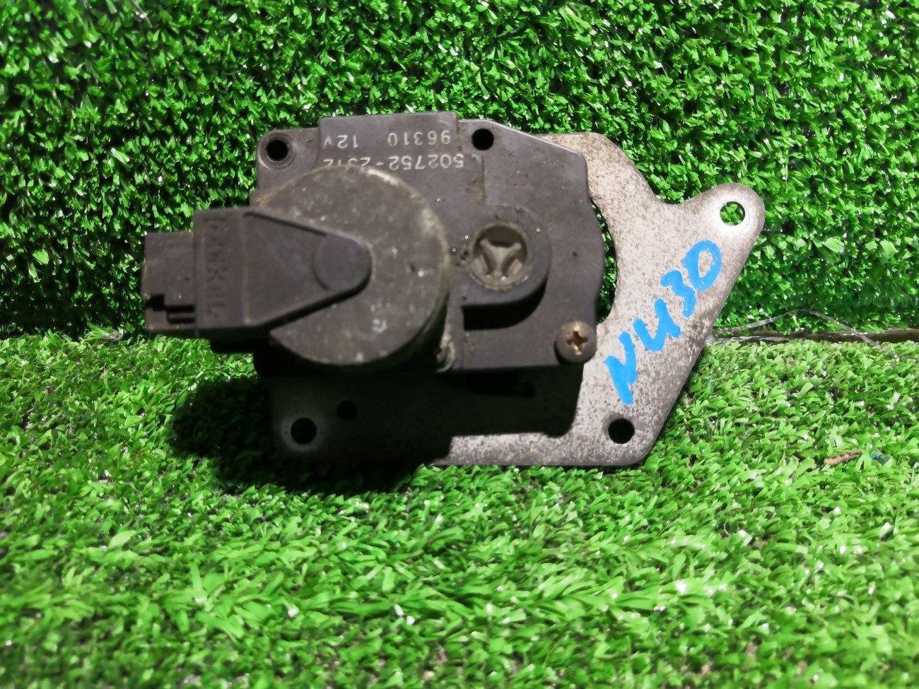 Сервопривод заслонок печки Nissan Presage NU30 KA24 (б/у)