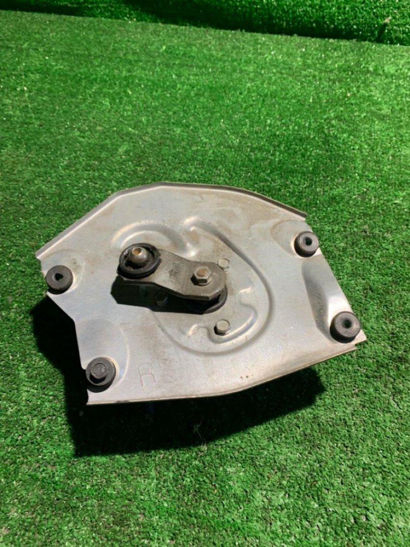 Мотор дворников Nissan Condor BMR85R 4JJ1 (б/у)