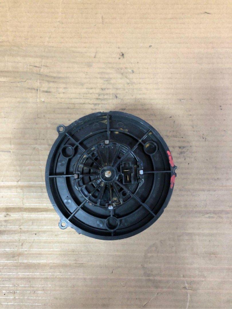 Мотор печки Mazda Spiano HF21S K6A (б/у)