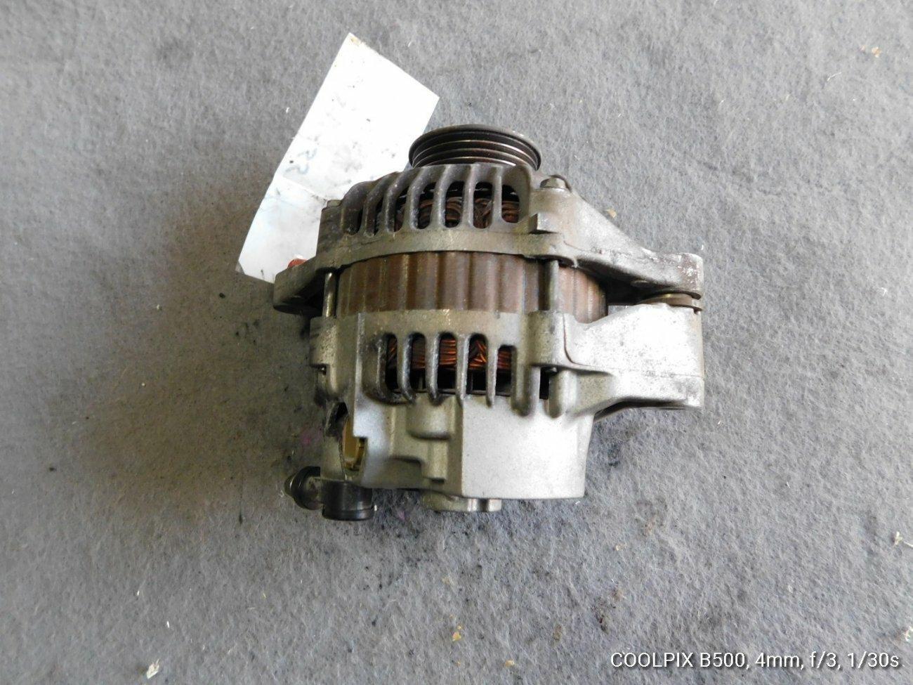 Генератор Suzuki Every DA64V K6A (б/у)