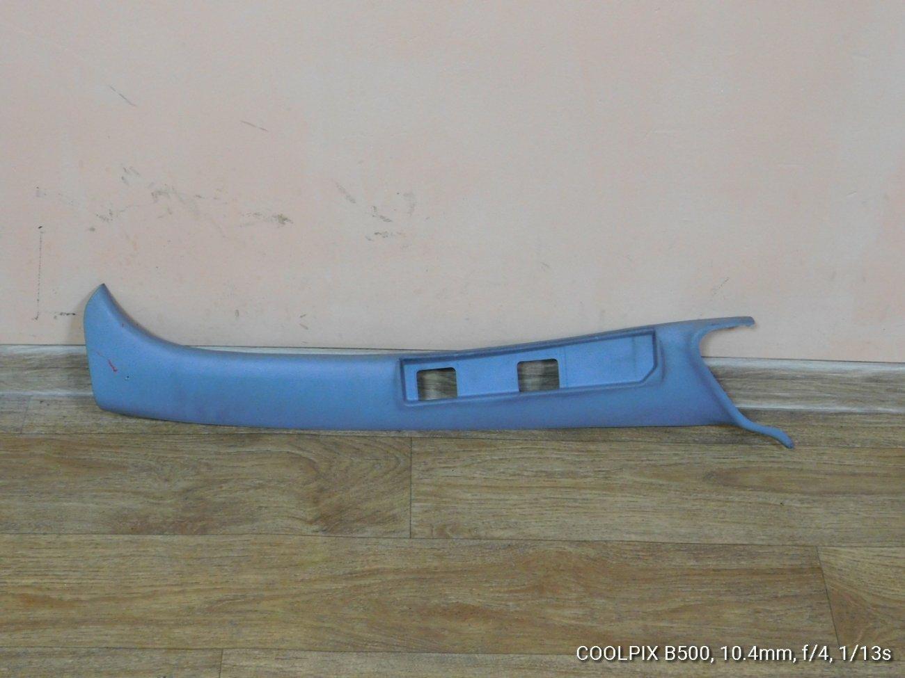 Накладка на стойку кузова Hino Ranger FC7 левая (б/у)