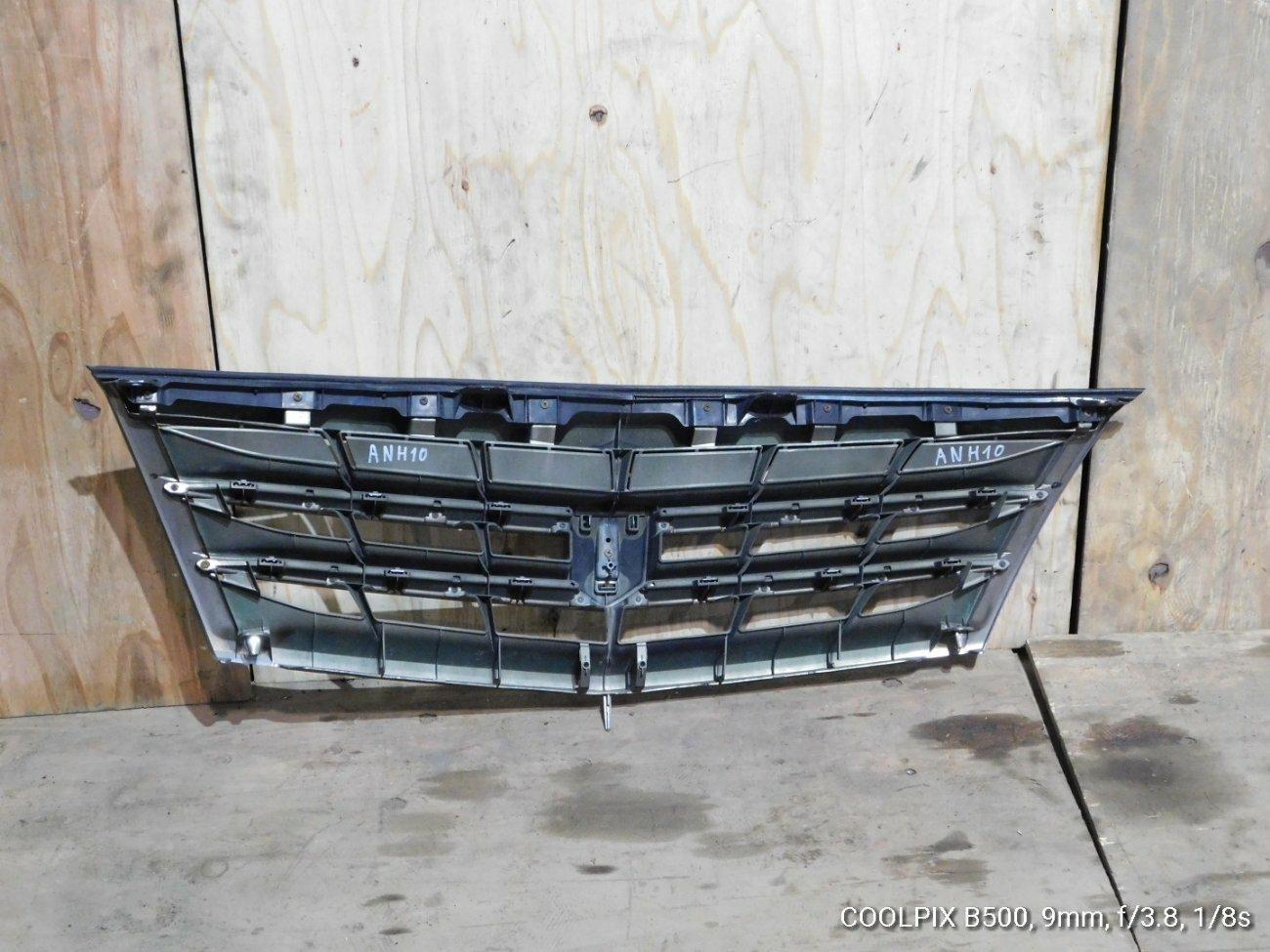 Решетка радиатора Toyota Alphard ANH10 2AZFXE (б/у)