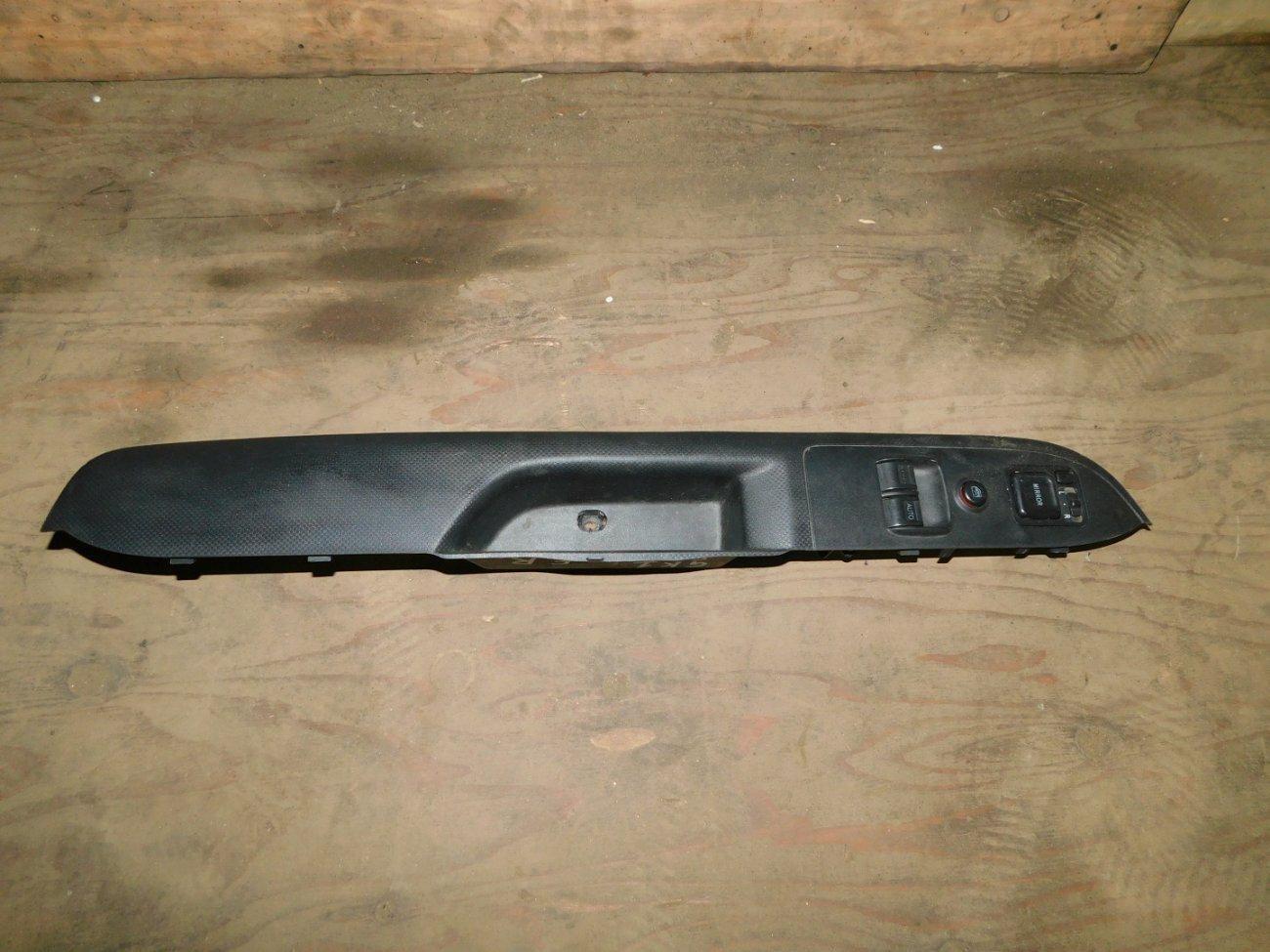 Блок управления стеклоподъемниками Honda Mobilio Spike GK1 L15A передний правый (б/у)