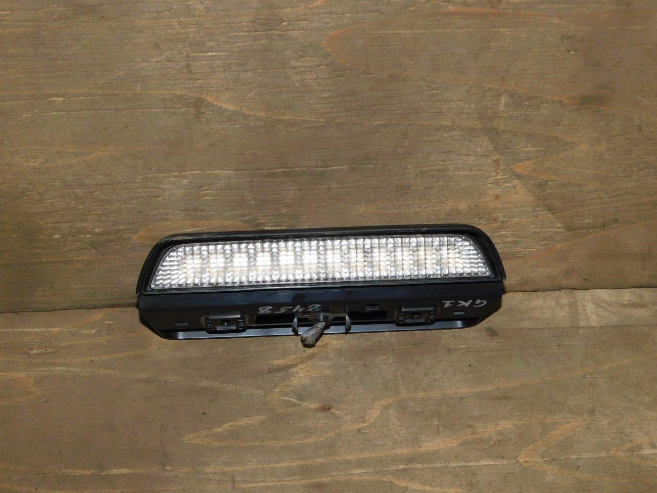 Стоп-сигнал в салоне Honda Mobilio Spike GK1 L15A (б/у)