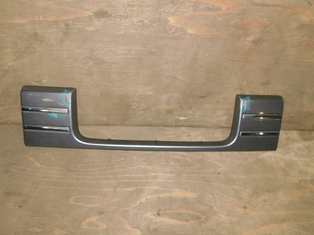 Накладка 5-й двери Honda Mobilio Spike GK1 L15A (б/у)