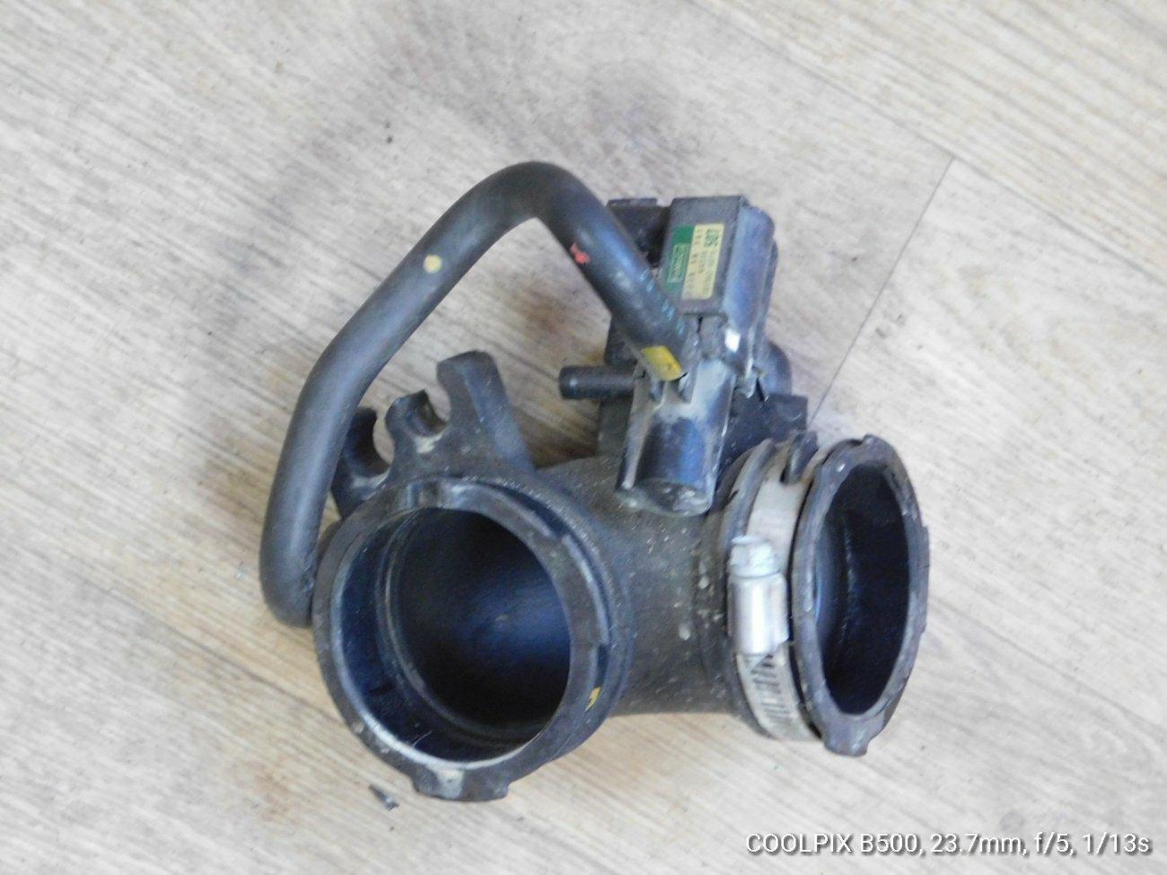 Патрубок воздушного фильтра Mazda Demio DE3FS ZJVE (б/у)