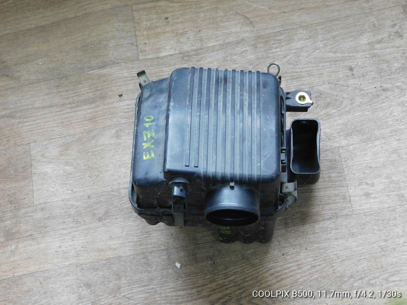 Корпус воздушного фильтра Toyota Raum EXZ10 5EFE (б/у)