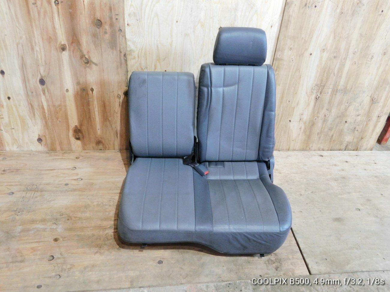 Сиденье Mazda Bongo SK82VM F8 левое (б/у)