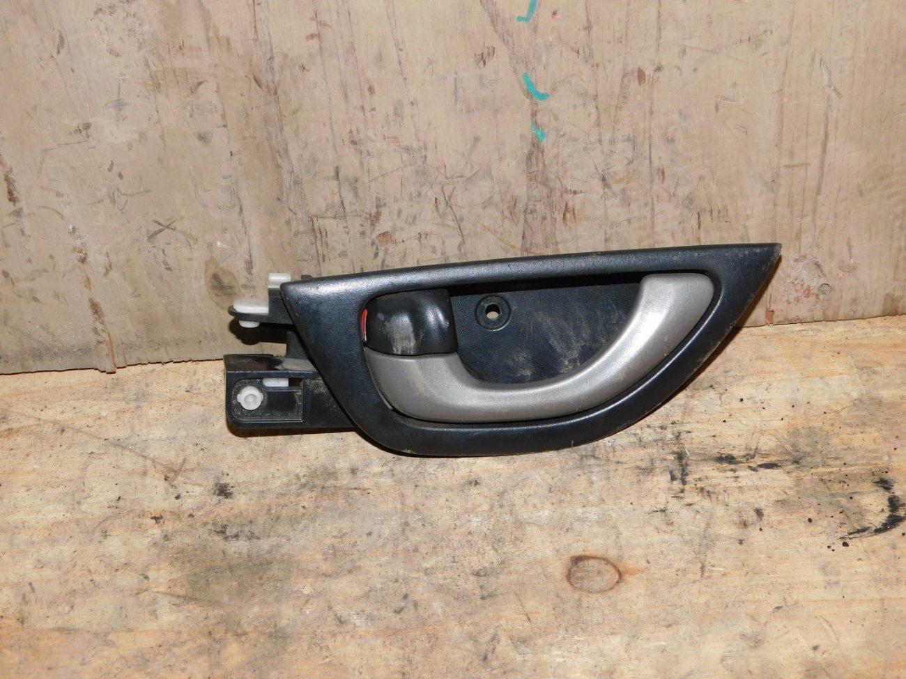Ручка двери внутренняя Honda Fit GE6 L13A передняя левая (б/у)