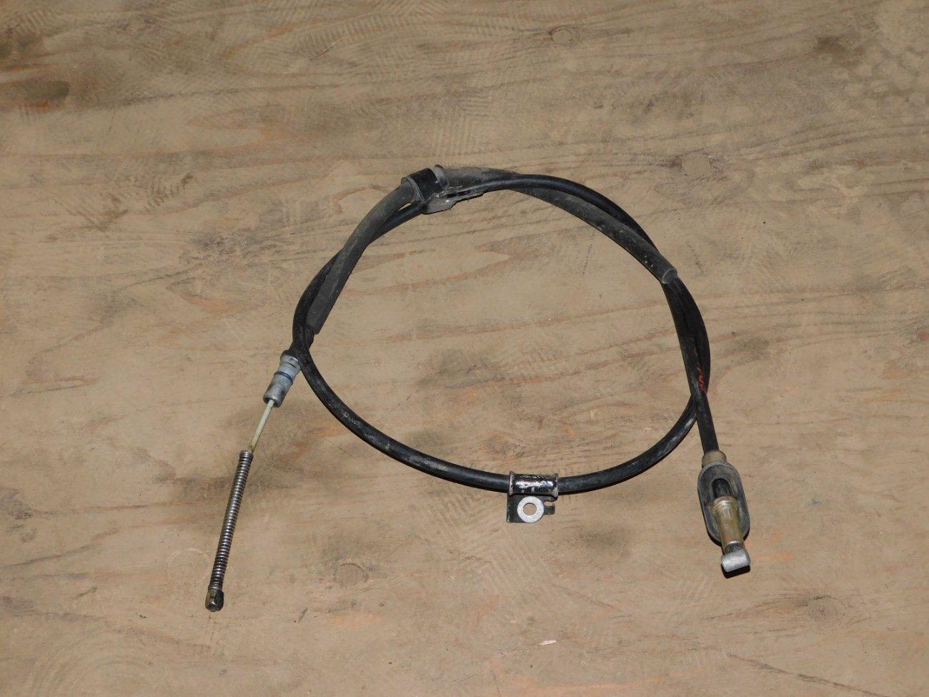 Тросик ручника Honda Fit GD1GD2GD3 L13A задний левый (б/у)