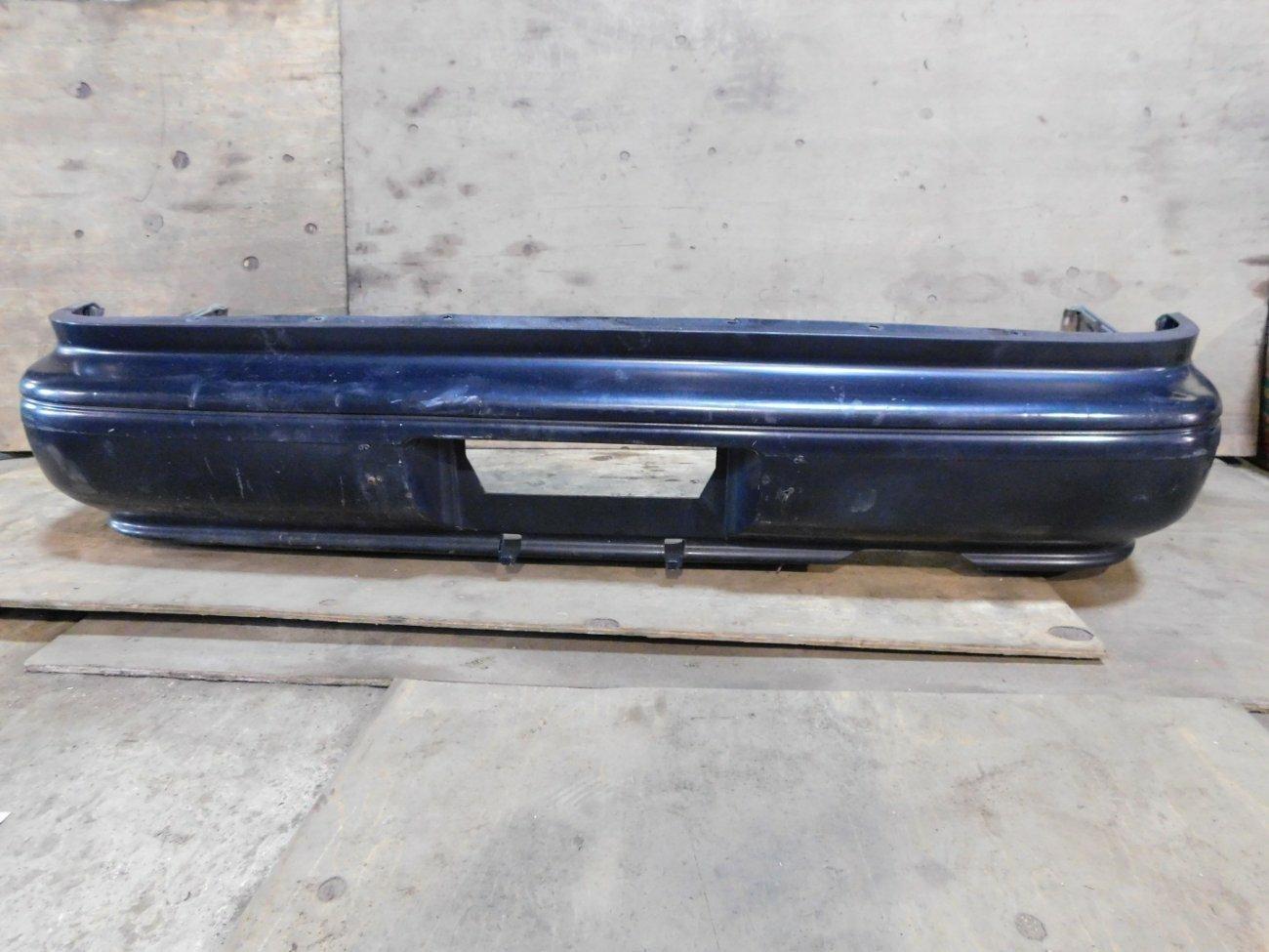 Бампер Toyota Vista SV32 3SFE задний (б/у)