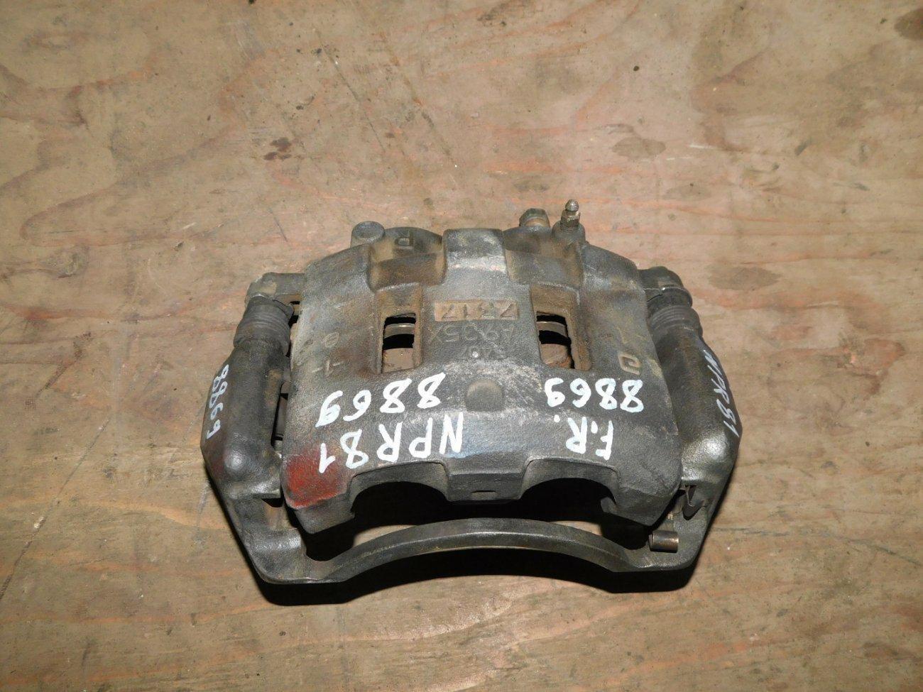 Суппорт Isuzu Elf NPR81 4HL1 передний левый (б/у)