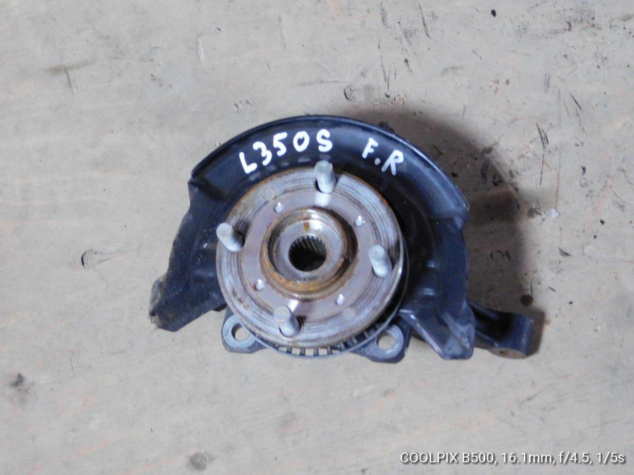 Ступица Daihatsu Tanto L350S EFVE передняя правая (б/у)