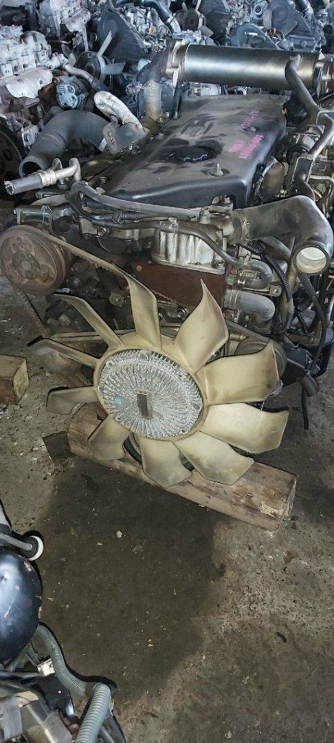 Двигатель Isuzu Elf NPR81 4HL1T (б/у)