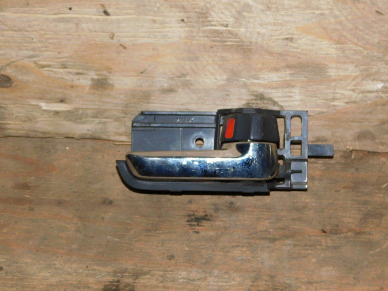 Ручка двери внутренняя Suzuki Swift ZD11S M13A передняя левая (б/у)