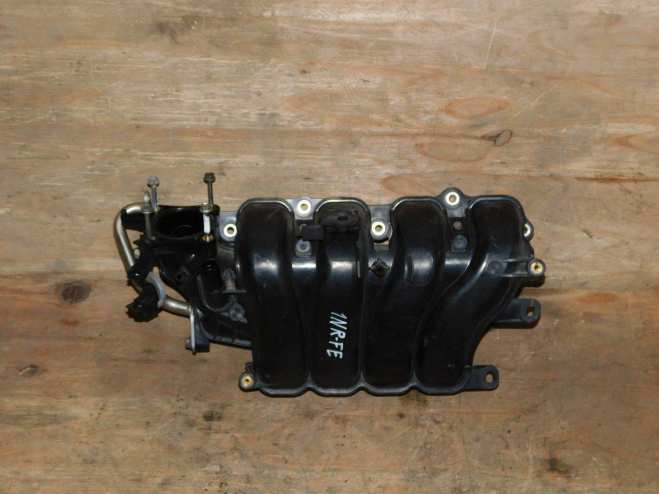 Коллектор впускной Toyota Vitz NSP135 1NRFE (б/у)