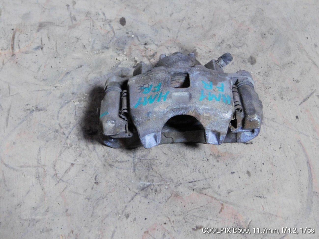 Суппорт Honda Vamos HM1 E07Z передний правый (б/у)
