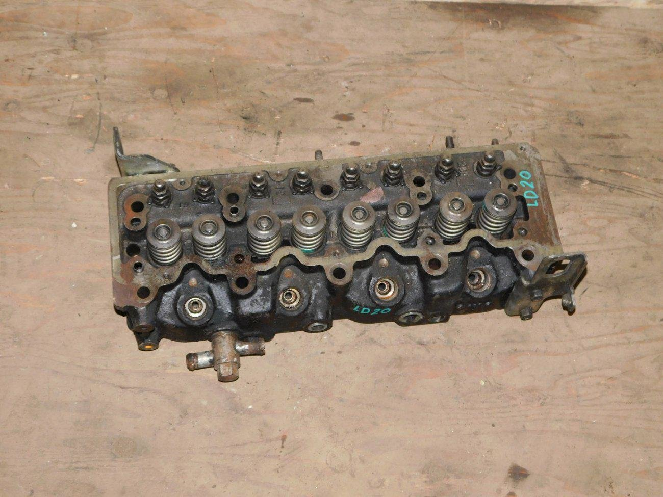 Головка блока цилиндров Nissan LD20 (б/у)