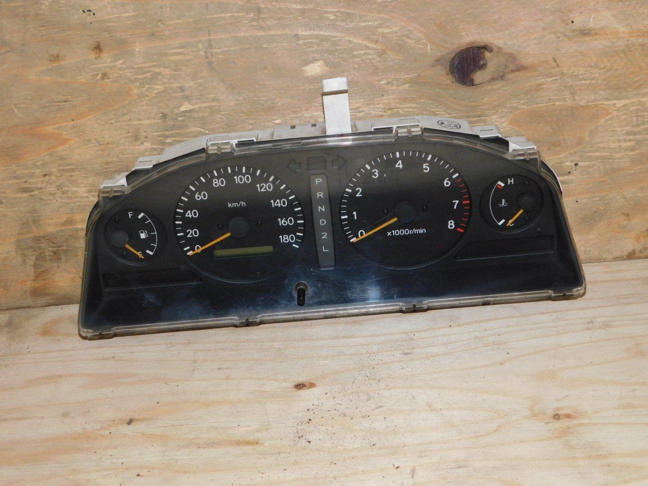 Спидометр Toyota Ipsum SXM10 3SFE (б/у)