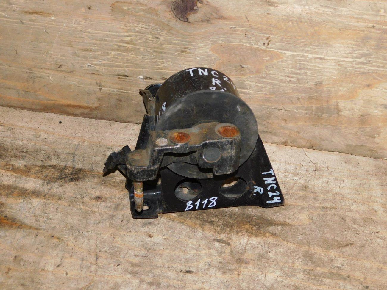 Подушка двигателя Nissan Serena TNC24 QR20DE левая (б/у)