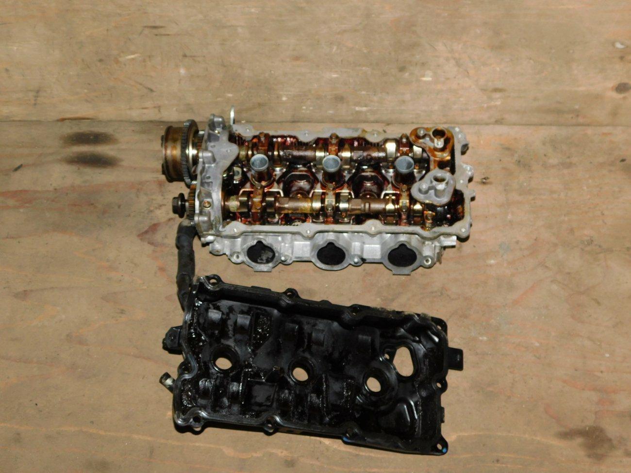 Головка блока цилиндров Nissan Teana J32 VQ25DE правая (б/у)