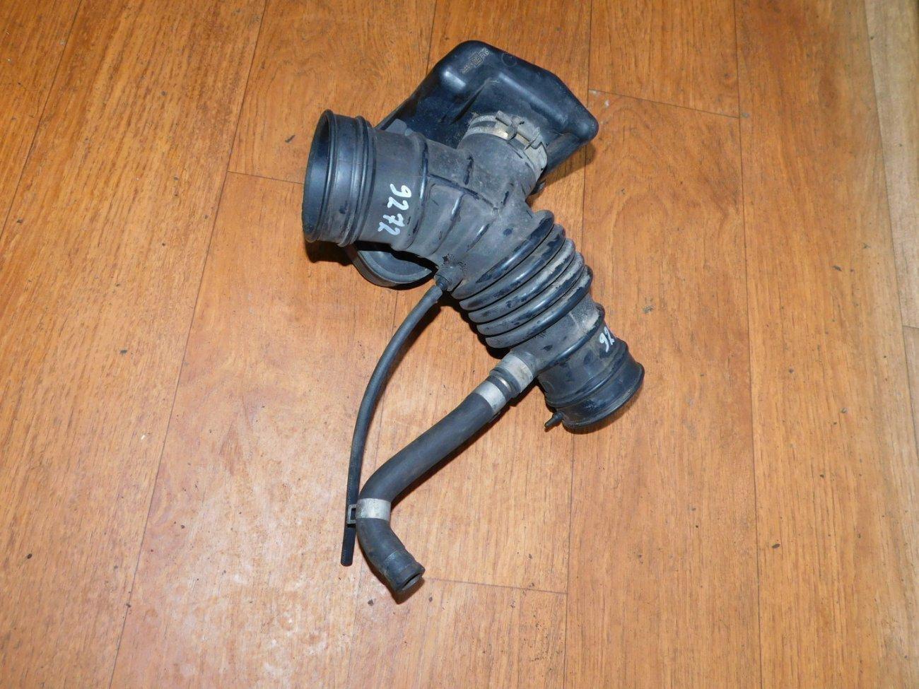 Патрубок воздушного фильтра Nissan Almera N16 QG13DE (б/у)