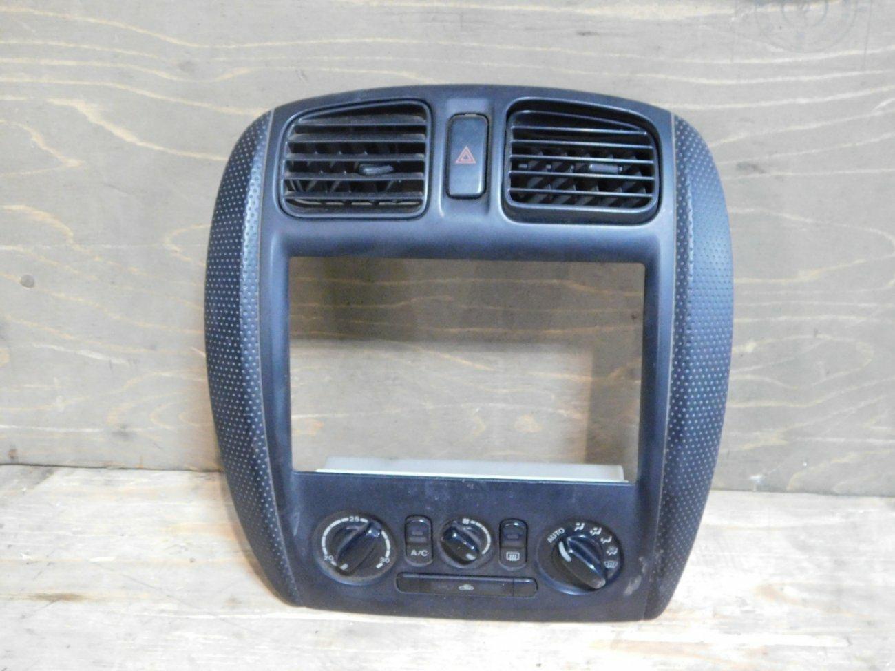 Климат-контроль Mazda Familia BJ5W ZLVE (б/у)