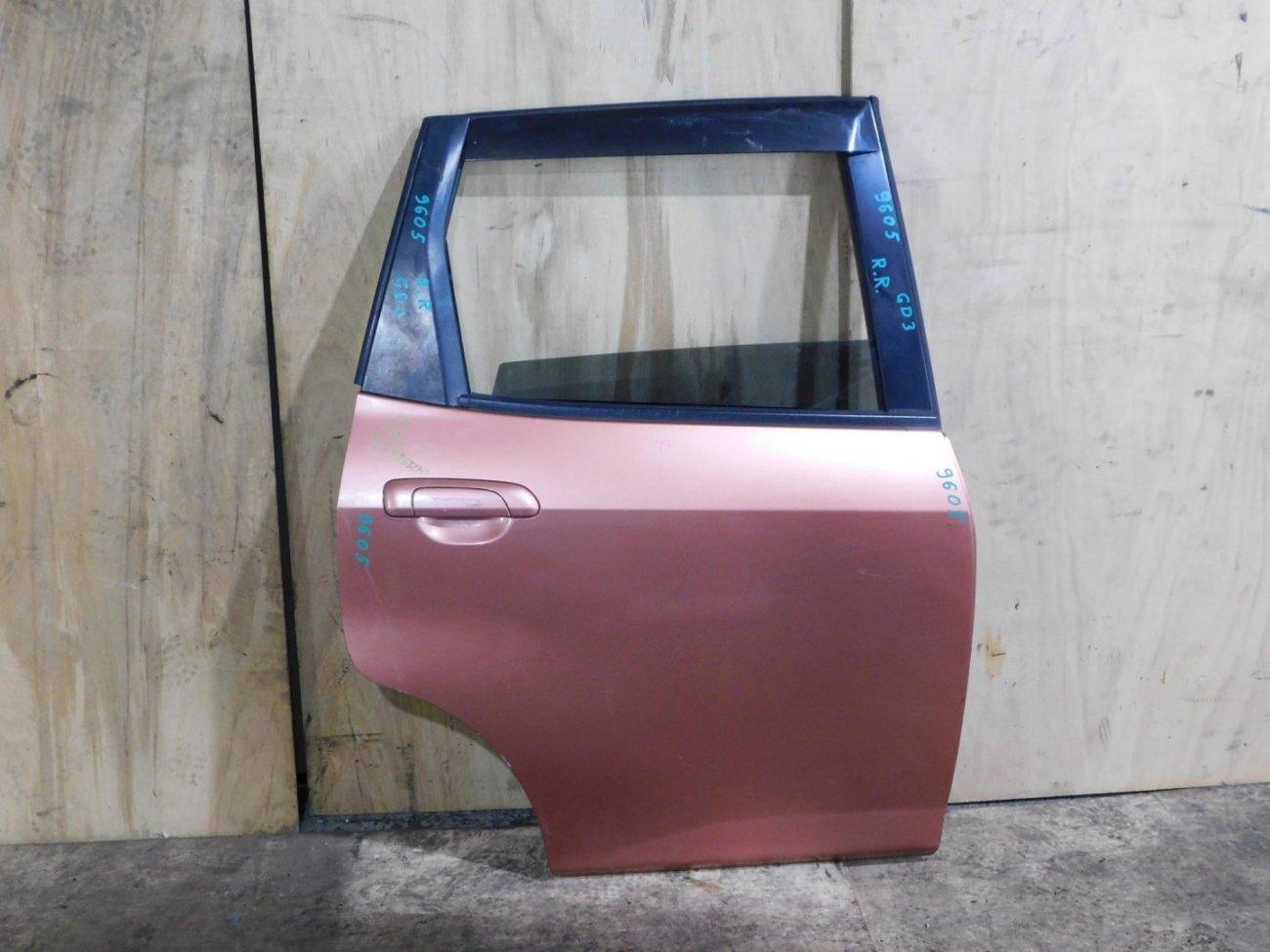 Дверь Honda Fit GD1 задняя правая (б/у)
