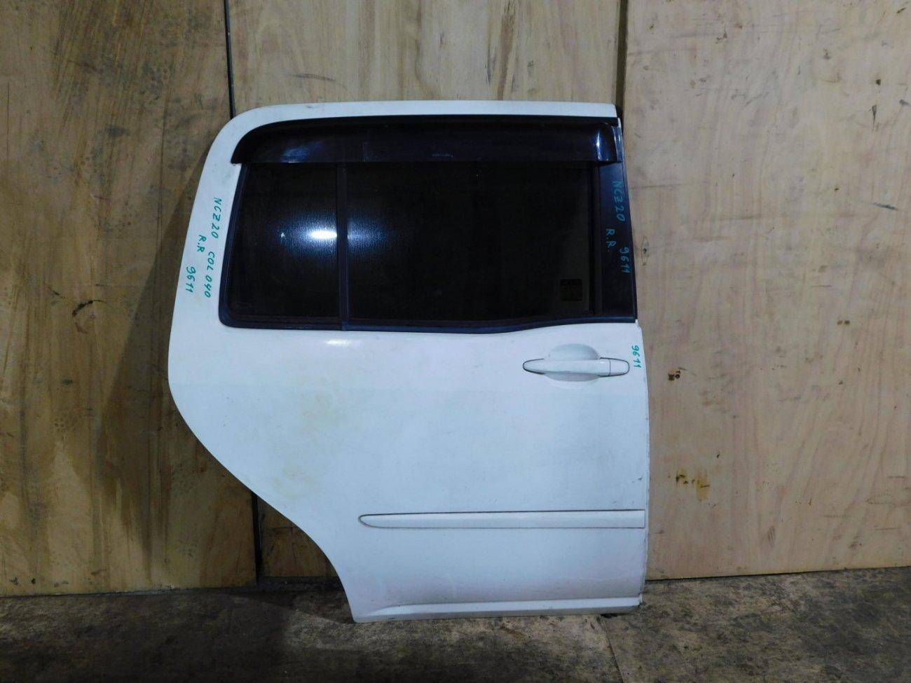 Дверь Toyota Raum NCZ20 задняя правая (б/у)