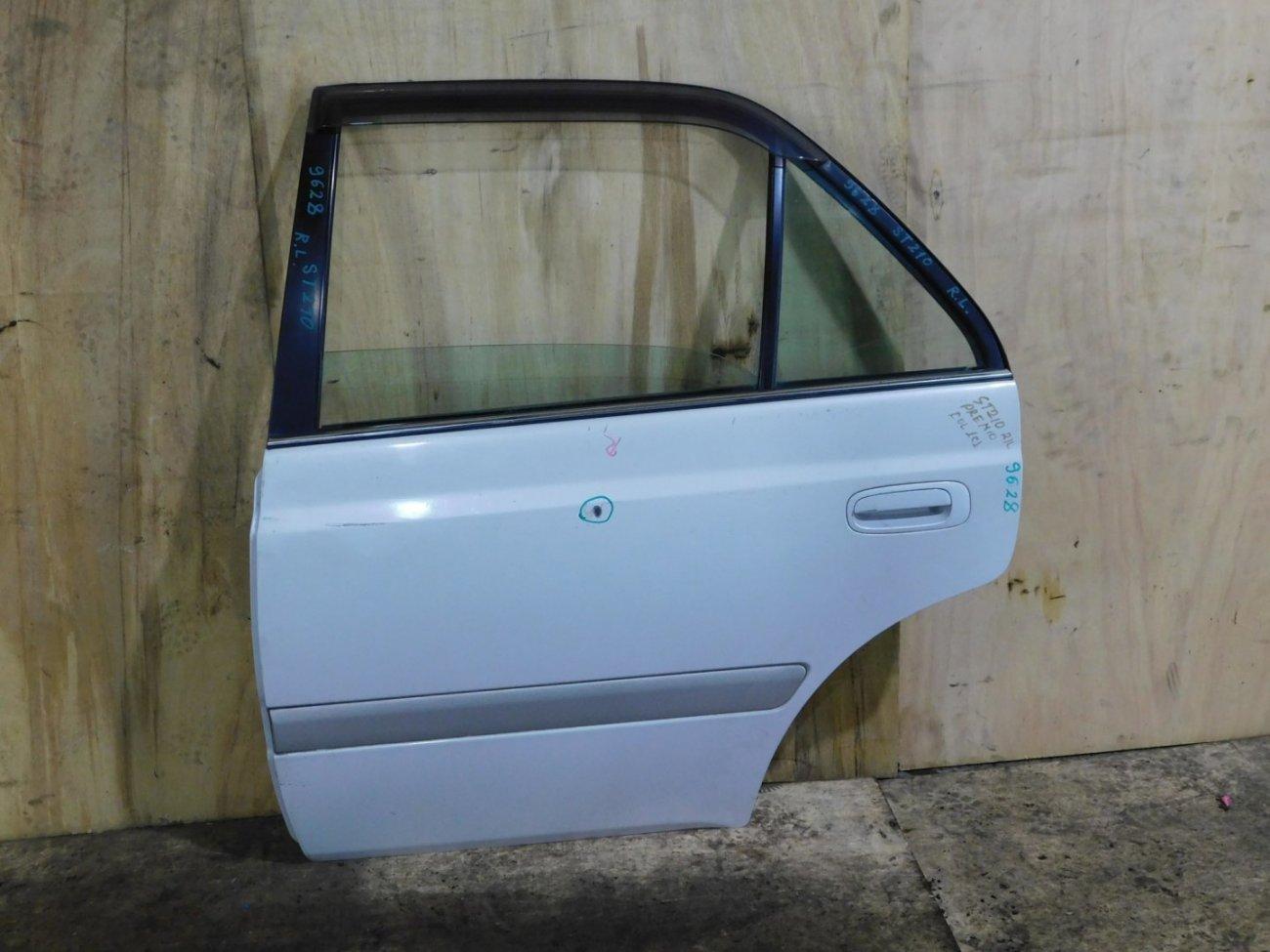 Дверь Toyota Corona Premio AT210 задняя левая (б/у)