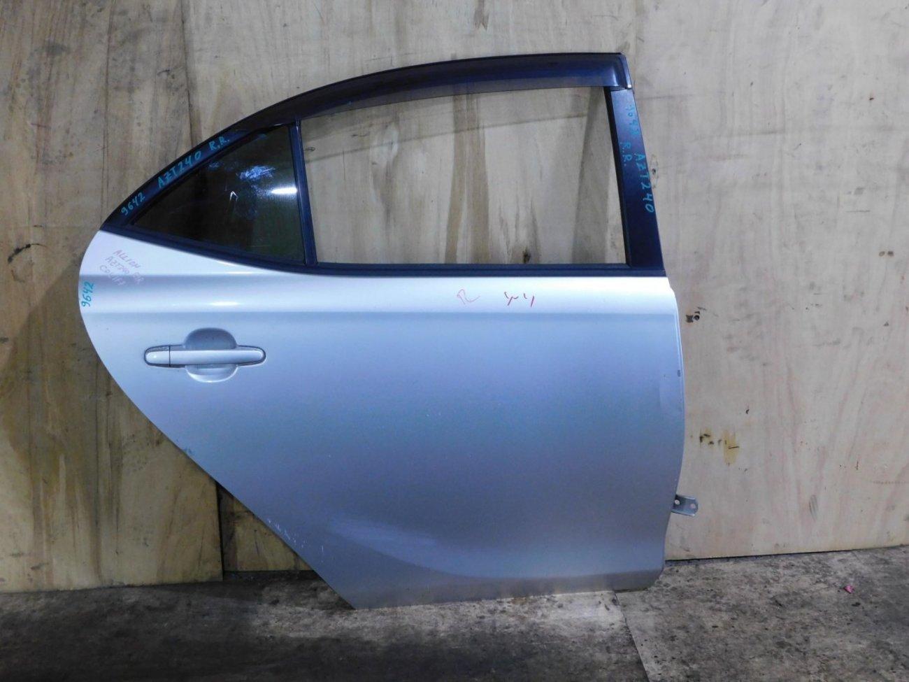 Дверь Toyota Allion AZT240 задняя правая (б/у)