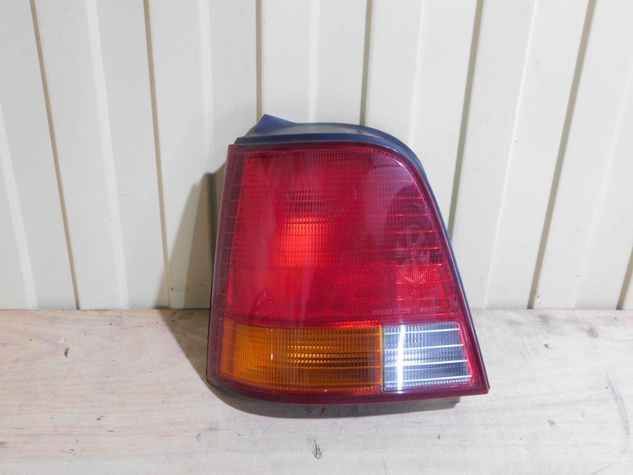 Стоп-сигнал Honda Odyssey RA1 F22B задний левый (б/у)