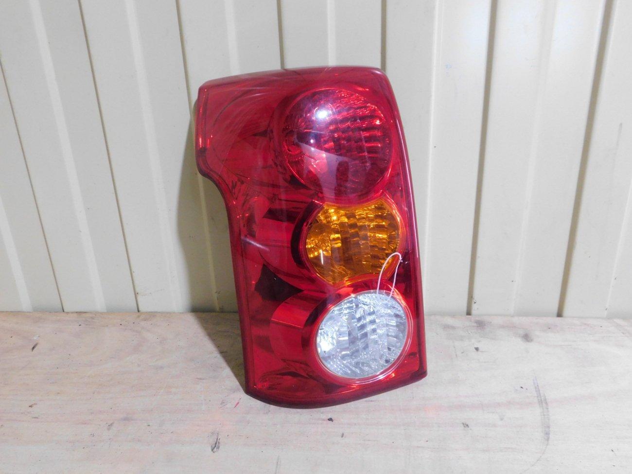 Стоп-сигнал Toyota Raum NCZ20 1NZFE задний левый (б/у)