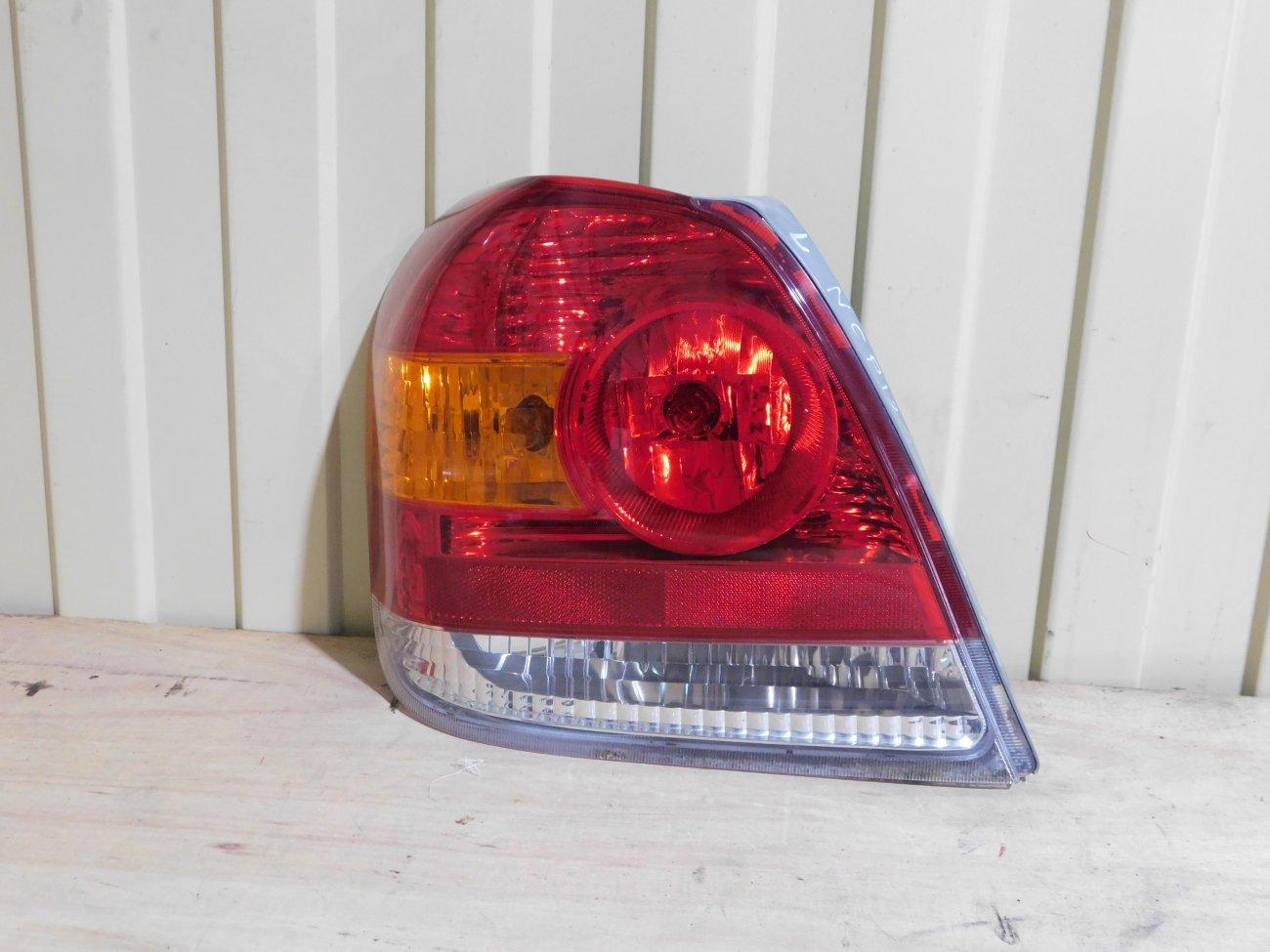 Стоп-сигнал Toyota Platz NCP12 1NZFE задний левый (б/у)